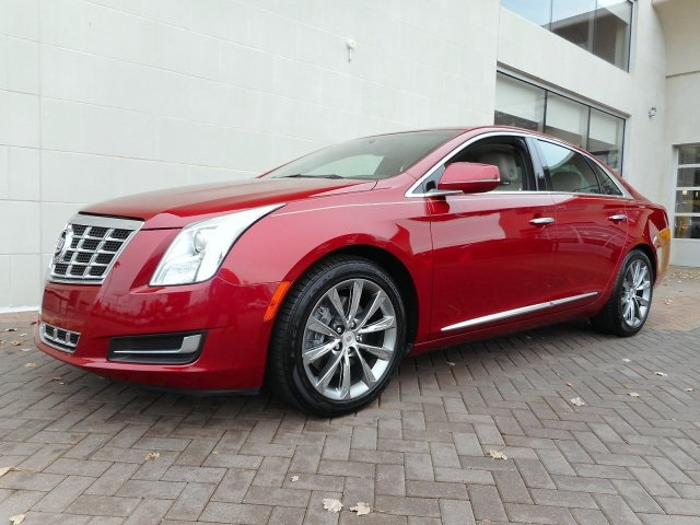 Pre-Owned 2013 Cadillac XTS