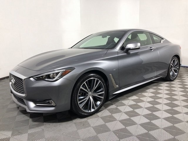 Certified Pre-Owned 2017 INFINITI Q60 2.0t Base