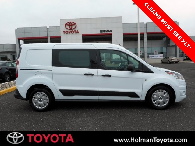 Pre-Owned 2014 Ford Transit Connect XLT