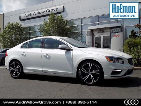 Pre-Owned 2017 Volvo S60 T6 R-Design Platinum